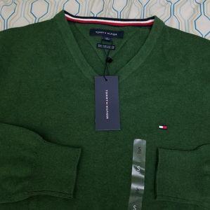 NEW Tommy Hilfiger V Neck Sweater Flag Logo Green